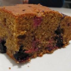 Amaranth Berry Cake