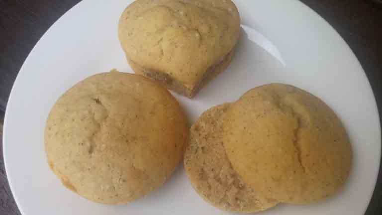 Honey Lemon Chia Cupcakes